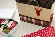 Gift Wrap - 2015 Holiday Showcase / Everything you need to wrap up the Holidays. From gift bags to wrapping paper, Hallmark will make your gifts stand out under the tree!