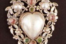 Jewelry / by Gülriz Paksoy