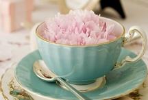 TEA AND CUPCAKE...
