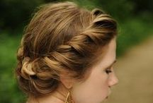Up dos / Effortless hairstyles for the Australian Summer Wedding