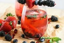 Aperitif Cocktails / Fresh and light drinks to enjoy before dinner - Test the recipes with your friends!