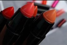 Beauty | Haircare | Nägel & Mädchenkram / Hier teile ich Beautyprodukte & schöne Bilder von mir und euch.