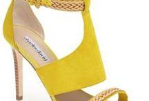 Sapatos | Shoes / Toda mulher adora sapatos! Muitos sapatos!