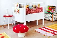 Scandinavian Retro Kids Rooms / Scandinavian Retro Kids Rooms -A fun combination of white walls, an accent wall with cute wallpaper, lots of vintage details, topped with colorful toys and accessories.