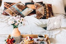 Habit of Staying in Bed / Staying in a cozy bed all day sounds like a dream. These are cozy bed goals!