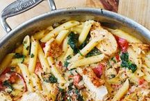 Food | Drink Recipes / The most amazing feeling is having your family over for dinner. Here are some Ideas on what you should cook!