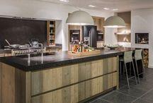 #Droomkeuken / Bij keukenstudio Maassluis vind je de mooiste keukens! Dit bord ter inspiratie! Onze keuken hebben wij daar ook gekocht! Keuken Jan! Erg blij mee!!!