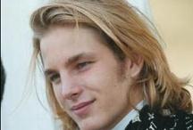 Men with long hair / My love of long hair.