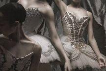 Ballet / The World of Dance
