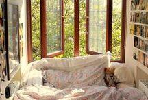 Cosy Bedroom / Cosy Bedroom Home Decor Style