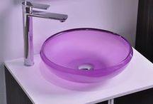 Lavabi bagno / Non semplici lavabi, ma veri gioielli di design: dai più tradizionali ai più estremi, tondi, quadrati e rettangolari... una gamma veramente ricca!