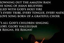 "Newsboys / It's all God's children singing ""glory, glory! Hallelujah, he reigns!"""