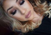 Make up / by Shaina Serrano