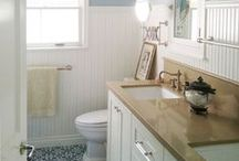 country cottage bathroom ideas / Charming cottage bathrooms for any house.