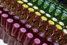 Gema Parfum / Menyediakan berbagai macam parfum merek internasional dengan kualitas original dan aroma yang tahan lama (ketahanan aroma DIJAMIN seharian penuh). http://www.gemaparfum.com/