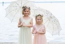 Flower girls and ringbearers / Flowers for the youngest in the wedding party