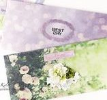 In Bloom / In Bloom is a floral collection that will work in multiple combinations and can be used all year round, but especially in summer. The papers have beautiful, floral images and come in a fresh color combination of pink and green. These cheery papers will add some sunshine into your projects straight away!