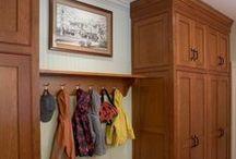 Clósets de entrada / Aprovecha tu vestido para crear opciones bellas y funcionales de almacenamiento.