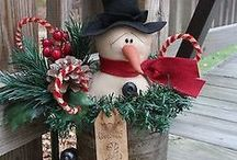 Christmas Decorations / by Marjoria Wilkins