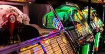 Rock around the Jukebox / Annual event in Rosmalen (Holland). In may and oktober each year the best in jukeboxes, cars, rock & roll and much more!