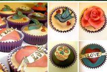 Wedding Cakes / Wedding cake/cupcake designs / by Amy Metzler