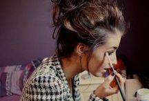 Beauty tips / A little bit mascara,a little bit lipstick and mooooooooore glitter                  DONE