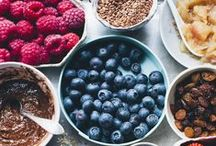 breakfast recipes / Quick and easy healthy breakfast recipes that are gluten free (and almost always vegan). Granola, oatmeal, quinoa, smoothie bowls, and more breakfast foods!