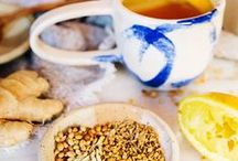 teas + tonic recipes / Healthy and homemade tea and tonic drinks with turmeric, ginger, cinnamon, honey and more!