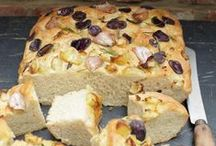 Bread / A selection of tasty gluten free and dairy free bread recipes