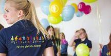 Glücklichmacher stellen sich vor / Unsere MitarbeiterInnen sind die entscheidende Kraft, um unseren kleinen Wichteln in den Kinderkrippen und Kindergärten der Wichtel Akademie München eine glückliche Kindheit zu geben. Ihre Motivation ist der Schlüssel zum Erfolg!