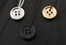 Necklaces for men / Where rings is somewhat easy to find, that is not the case with adequate male necklaces.