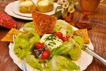 Salada / Quem foi que disse que a salada precisa ser sem graça? Muito além da saladinha, caprese, grão de bico, vinagrete, tabule, pimentão assado, folhas americanas com burrata, caesar salad, salada toscana, ratatouille de berinjela, salada de batatas.