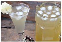 Sucos / Delícias refrescantes, sucos naturais e caseiros, limonada suíça, limonada suíca com leite condensado, suco de abacaxi feito com a casca, suco detox, suco verde, água saborizada