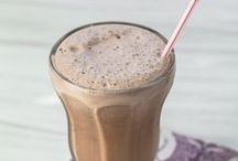 Drinks / From smoothies and shakes that will fuel you up to hot chocolate to warm up cool evenings, check out some of our favorites below.