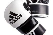 Boutique du MMA Mixed Martial Arts / Articles et accessoires pour la pratique du MMA en vente à la boutique Fuji Sport Toulouse