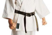 Boutique du Karate / Articles et accessoires pour la pratique du Karate en vente à la boutique Fuji Sport Toulouse