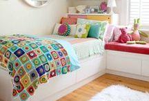 Habitaciones para niños y niñas // Rooms for children / Pines de habitaciones para niños y niñas.