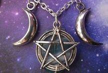 Magie + Hexerei / magic + witchcraft / Alles, was mit Magie /Hexerei zu tun hat