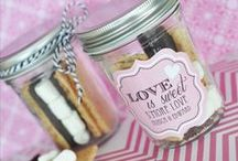 DIY Mason Jar Projects / 30 days worth of creative ways to use mason jars