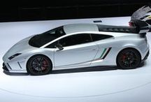 Gallardo LP 570-4 Squadra Corse / With the new Gallardo LP 570-4 Squadra Corse, Automobili Lamborghini brings race track emotion directly to the road. Discover the new model Gallardo Squadra Corse, world premiere at the 2013 Frankfurt Motor Show.