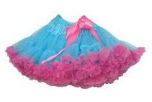 tylskørt / We are an online store with a lot of beautiful tutu skits.  Choose one we already have or order one custome made!