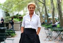 Carolina Herrera Style / Carolina Herrera, Venezuelan-American fashion designer, the queen of white shirts and elegant, feminine style. See her style and some of the most beautiful CH designer dresses!