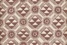 Graphic Patterns / Graphic or linear fabric and wallpaper