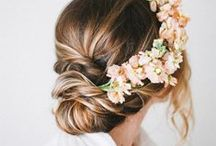 Wedding Hairstyle Inspiration / Bridal up dos, loose waves, and other wedding hairstyle ideas.