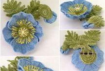 Crochet Flowers / by Janet Ortiz
