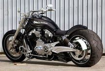 Motorcycles / All about motorcycles / by El Rome