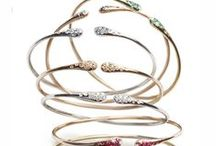 Iside Flex bracelet / #BRACELET: The new #trendy pieces are small, to wear all together, or oversized