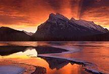 Kanada: der Westen / Herzlich willkommen im Westen Kanadas! Die Provinzen British Columbia und Alberta gehören zu den beeindruckendsten Landschaften der Erde - und das liegt nicht nur an den Rocky Mountains. Zwischen Vancouver und Calgary warten unberührte Wälder, reißende Flüsse und türkisfarbene Seen darauf, von Ihnen entdeckt zu werden – zum Beispiel mit dem Wohnmobil: http://www.sktouristik.de/Reisen/Autoreise/Kanada-Alaska/Westkanada/