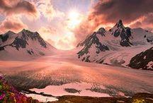USA: Alaska / Herzlich willkommen in Alaska! Der flächenmäßig größte Bundesstaat der USA lockt mit einer faszinierenden Vielfalt von  Bergen, Steppen, Wäldern, Flüssen und Gletschern. Natur- und Tierliebhaber kommt hier garantiert auf ihre Kosten – beispielsweise bei einer von SK-Touristik organisierten Reise.