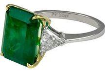 Mood Board: Emerald, Peridot, and Green Gemstones / Emerald | Green Sapphire | Green Moonstone | Green Topaz | Jade | Fire Agate | Tourmaline | Peridot